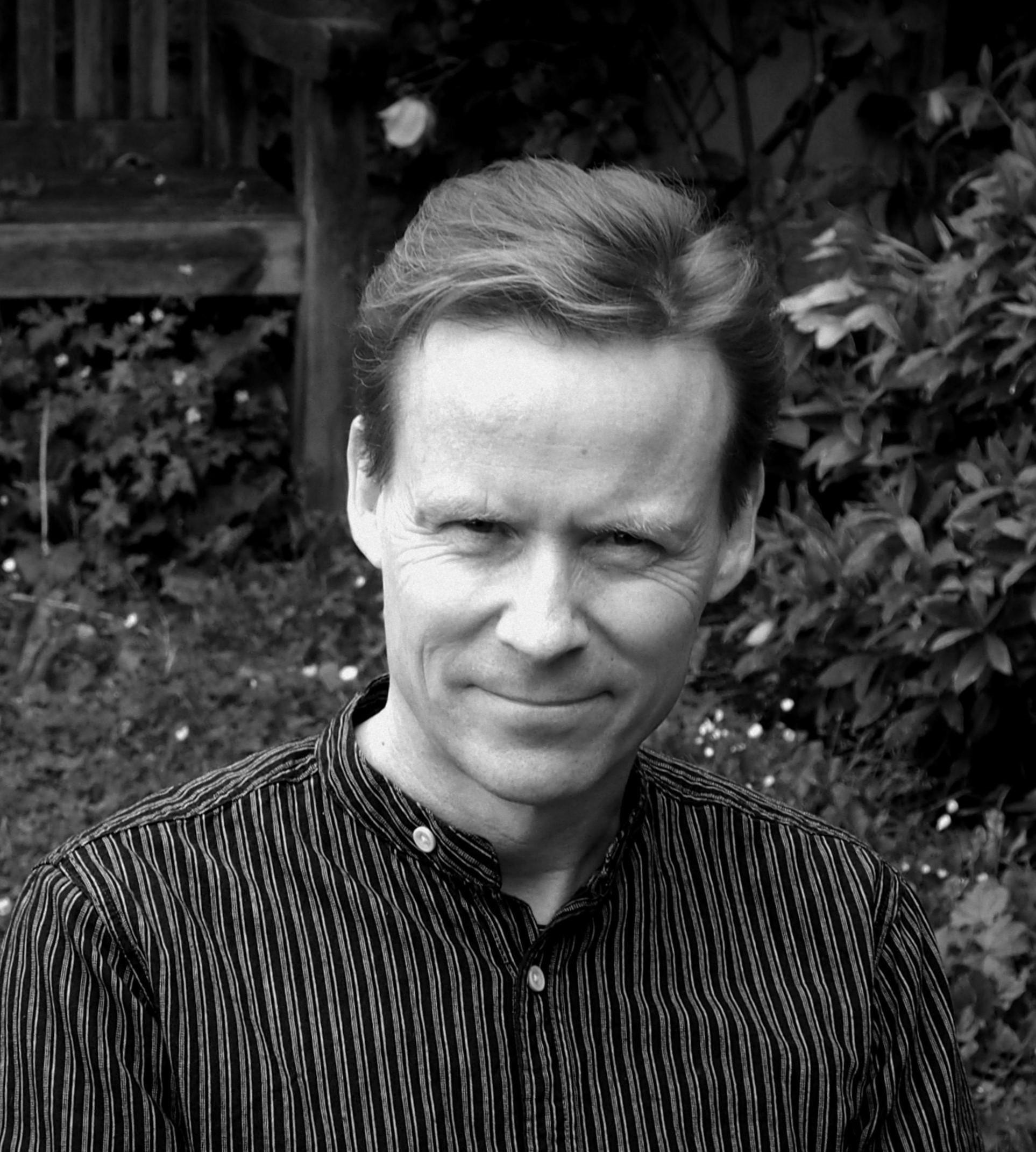 tom gillespie writer profile 2